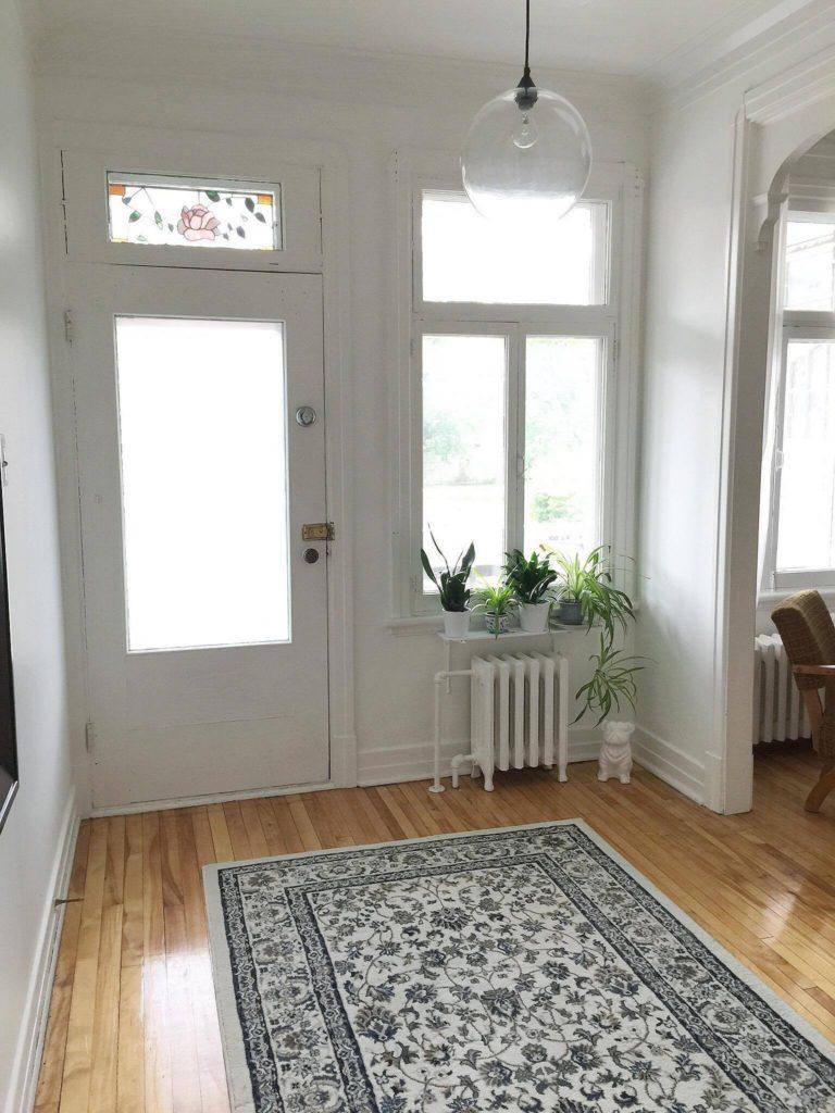 diminuer son espace de vie pour faciliter son d sencombrement vivre avec moins. Black Bedroom Furniture Sets. Home Design Ideas