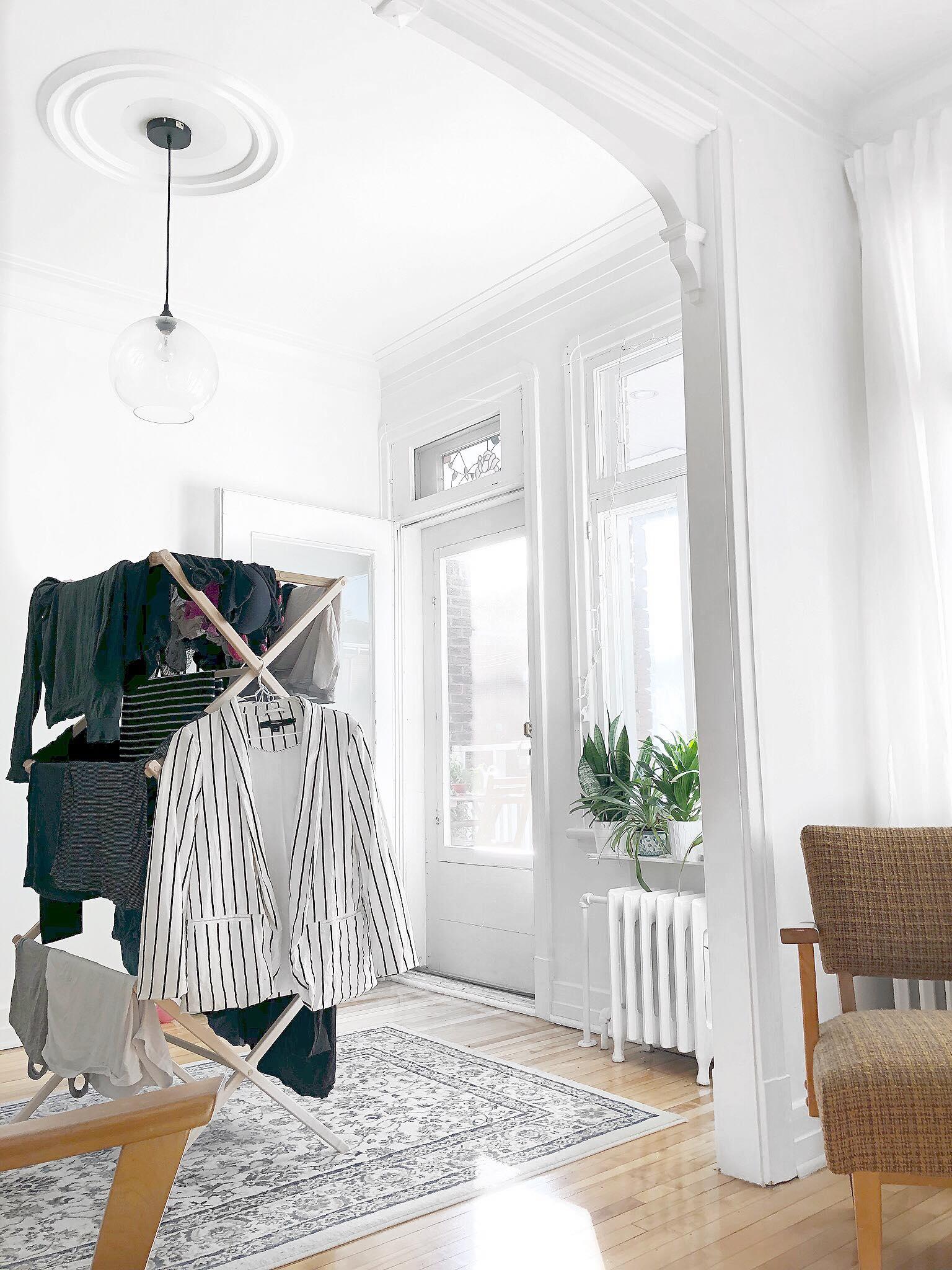 dimanche m nage vivre avec moins. Black Bedroom Furniture Sets. Home Design Ideas